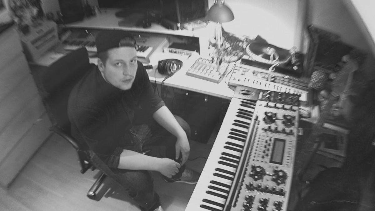 SoundcheckSlider_Peet